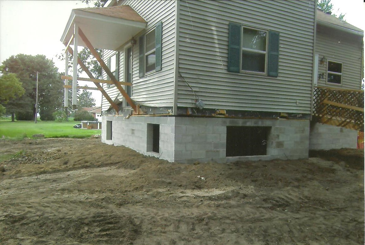 house lifting for new basement install macomb county mi