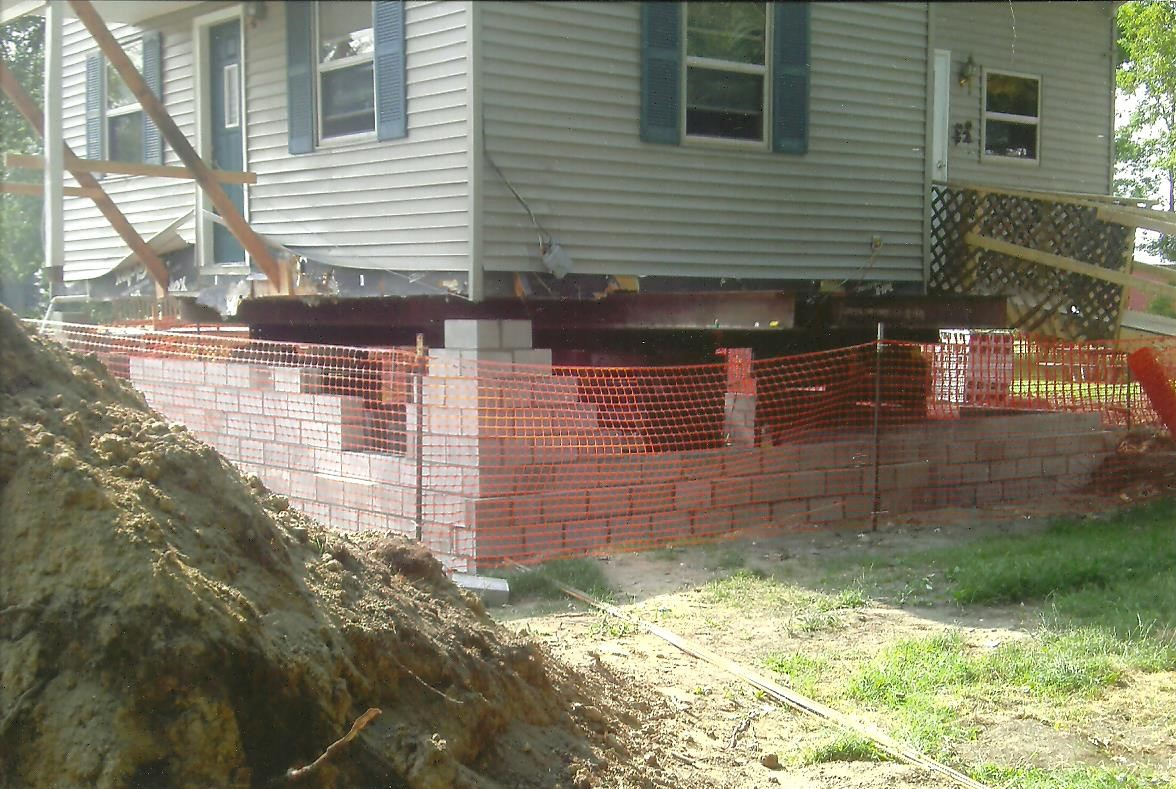 house-lifting-for-new-basement-install-macomb-county-mi-3